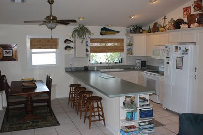 Fully Equipped Kitchen. CLEAN new appliances. everything WORKS