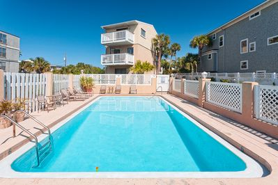 Paradise Ocean House has a pool & great ocean views! - How about an early morning or late night dip in our pool? Swim and splash about as much as you want or lounge about poolside. It's your vacation after all and you can choose the pool or the beach from Paradise Ocean House.