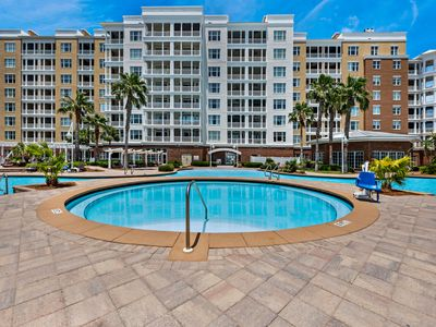 Photo for Luxurious bayfront condo in a gated resort with an amazing pool & hot tub!