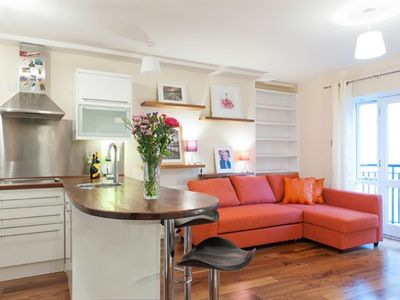 Photo for Sunny City Apartment Beside Temple Bar