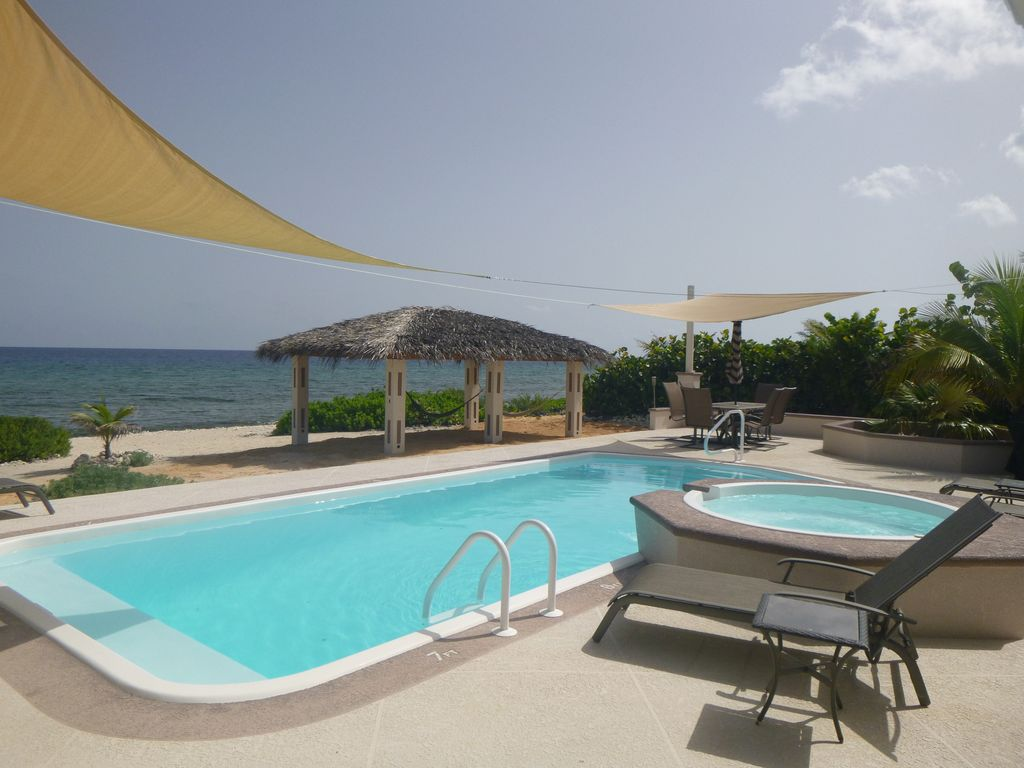 The Tides End Cayman Brac: Oceanfront Villa, 2 Masters, Pool ...