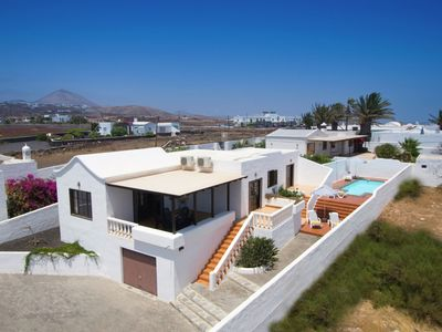 Photo for Comfortable villa with private swimmingpool in Puerto del Carmen