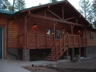 Alpine arizona cabin rental homeaway for Az cabin rentals with hot tub