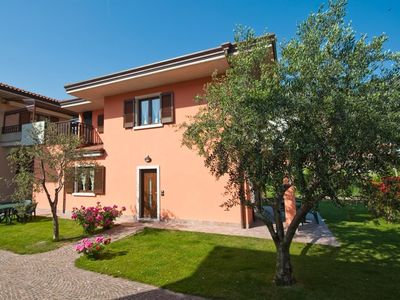Photo for Holiday house Villetta Martinelli