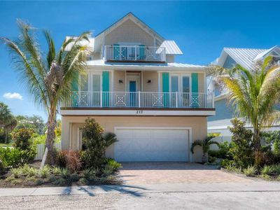 Photo for Private Pool & Spa with May Prices Reduced! Absolute Paradise: 5 BR / 5 BA