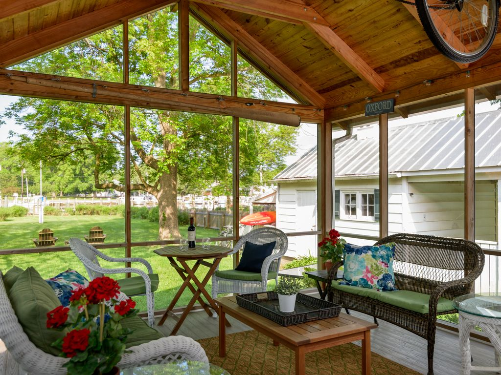 Oxford Waterfront Cottage Walk To Town Kay Vrbo
