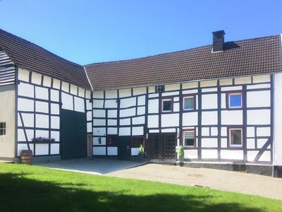 Photo for Stunning timber-frame farmhouse, a listed building, in the centre of a nice town.