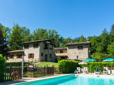 Photo for Farmhouse in Gubbio for 5 people