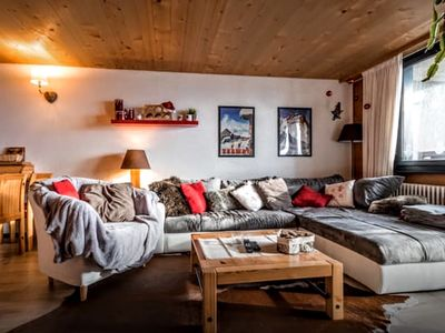 Photo for Spacious and bright apartment, near the slopes, with magnificent views