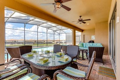 dine alfresco, or cook up a storm on the barbeque, under the lanai, cooling fans