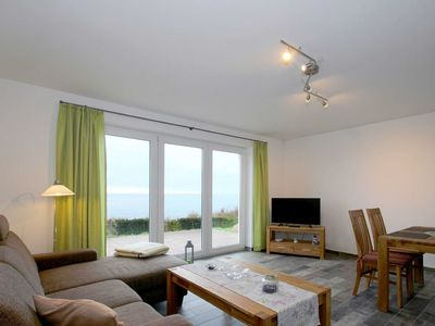 Photo for House Fireplace: 82m², 3-room, 4 persons, terrace, sea view - F-1037 Holiday house Neuendorf in Putbus