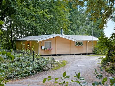 Photo for Wooden holiday home on 1000 m2 of forest Grundstückfür 6 people