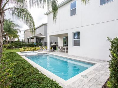 Photo for Amazing Vacation Home with 5Suites and Pool EC7590