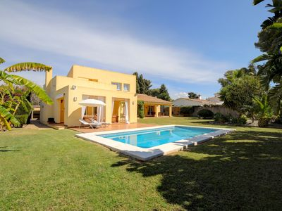 Photo for Stunning Villa 600m from beach,Minutes to Puerto Banus and Golf