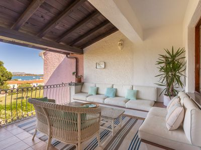 Photo for Close to the beach, 7 people appartement Tavolara's Island Bay view Fast WiFi.