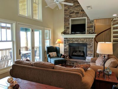 Photo for 2/2 with Loft on THE RIDGE*2 Kings*VIEWS for miles*Indoor & Outdoor Pools