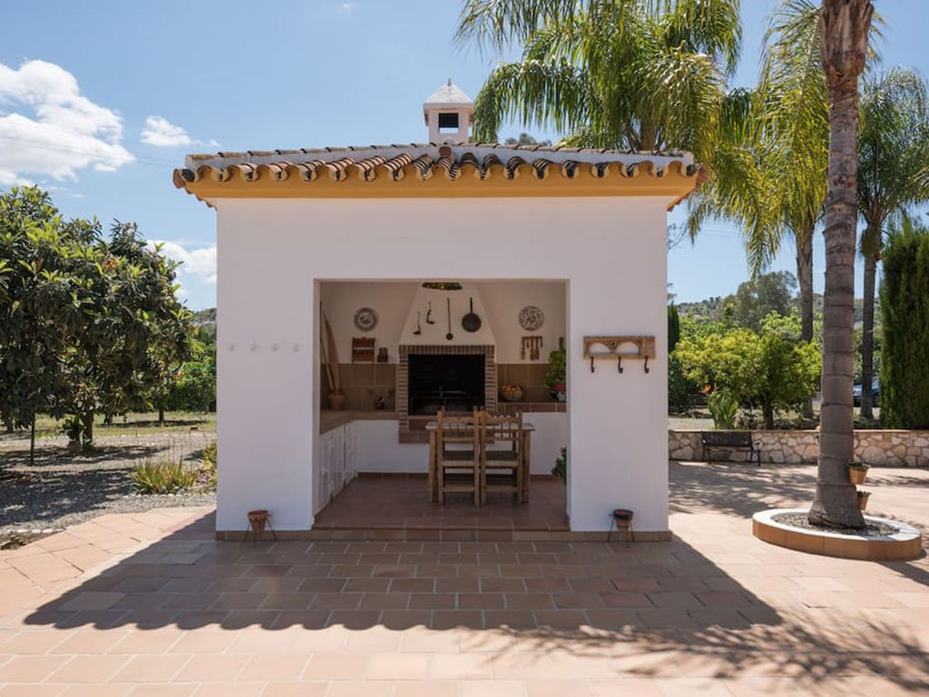 Rural house vacation in andalusia spain coin m laga costa del sol in nature qualit with - Vacation houses in the countryside ...
