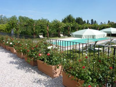 Photo for 11 bedroom villa in Tuscany with pool