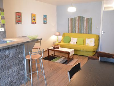 Photo for Apartment by the sea, 4 people, tastefully decorated, fully equipped