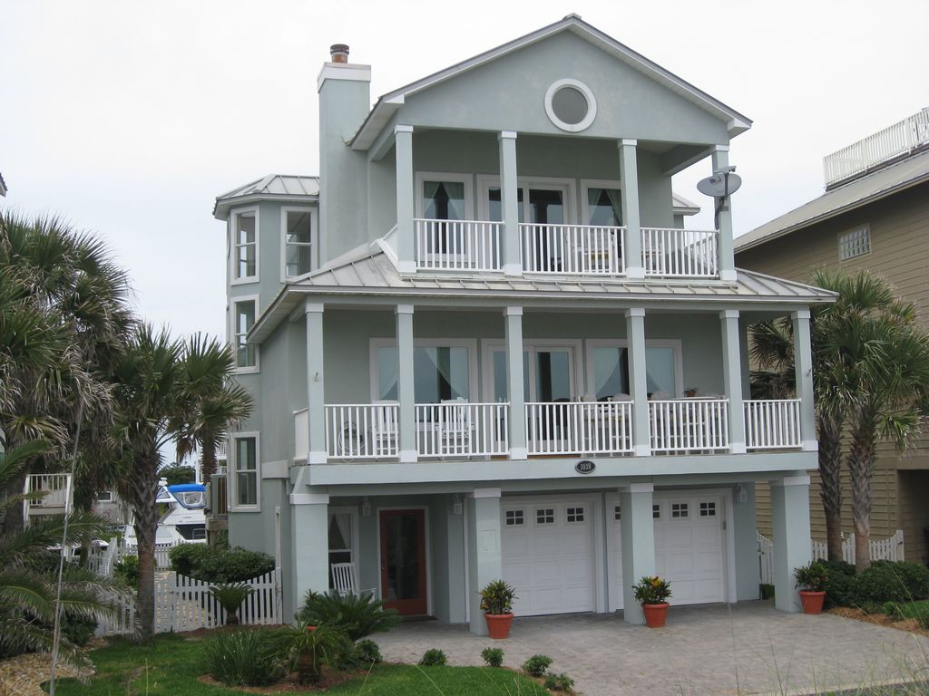 Front Of House Overlooking Pensacola Beach