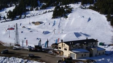 Photo for Ski in chalet-hotel with freestyle park