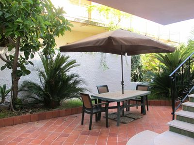 Photo for Beautiful apartment for 6 guests with A/C, TV, balcony, pets allowed and parking