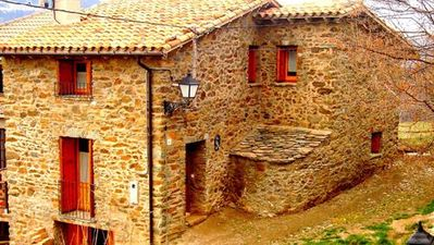 Photo for Self catering Ca l'Andreu-Ventolà for 5 people