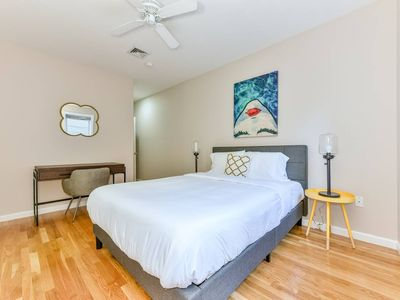Photo for Gorgeous 3BR/2BA Apt on Freedom Trail by Domio