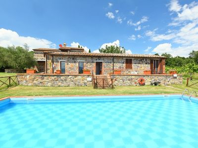 Photo for House in Radicofani with Parking, Internet, Washing machine, Air conditioning (117091)
