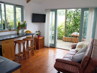 Photo for Peaceful country side retreat - 1 bedroom holiday accommodation