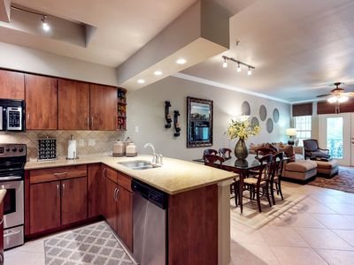Photo for Gorgeous condo w/ shared pool, hot tub, & tennis courts!