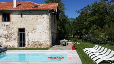 Photo for The coach-house of Castle Portos, Airconditioning, own heated swimming pool, 14p