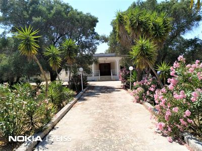 Photo for LOVELY 3 BED GARDEN VILLA WITH POOL NEAR THE ADRIATIC SEA