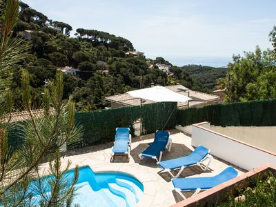 Photo for Club Villamar - Super 6-person villa with private pool and lots of privacy, near Lloret de Mar.