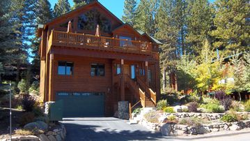 Luxury home with panoramic Lake Tahoe View; sleeps 12!