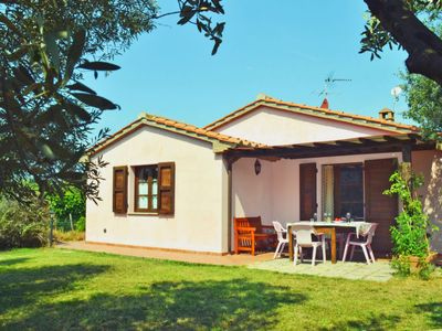 Photo for Vacation home Patrizia in Castagneto Carducci - 4 persons, 2 bedrooms
