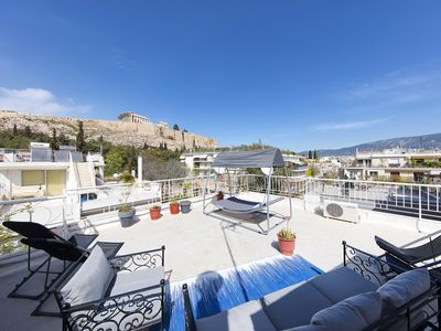 Photo for Your home under the Acropolis, Roofdeck with view!
