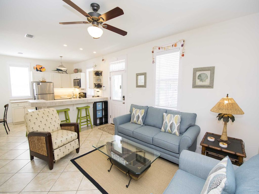Bungalows at Seagrove #147: Beautiful and Spacious Bungalow in ...