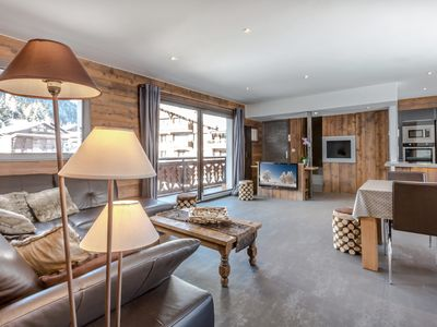 Photo for 4* cozy and modern, heart of the resort, ski schools' departure, Wi-Fi