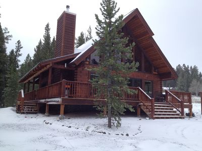 Photo for Mountain View Lodge - New, 5-Star Rated Log Home, 7 Mi to the Park!