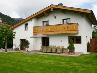 Photo for Luxury chalet close to the lake and golf course of Zell am See