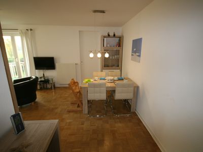 Photo for Family friendly 4 * apartment, W-LAN, beds made, towels included!