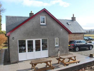 Photo for Newly refurbished beautiful 3 bedroom cottage; Loch Lomond