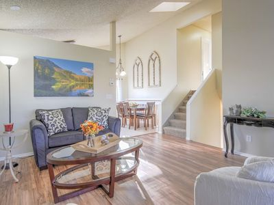 Photo for 3BR Pikes Peak Mtn Escape  Fireplace + Hiking