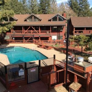 """Photo for """"Lake Tahoe Marathon week Great lakeview 2bd unit available"""
