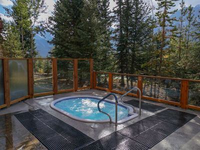 Photo for Open-Concept Studio + Fireplace |  2 On-Site Hot Tubs!