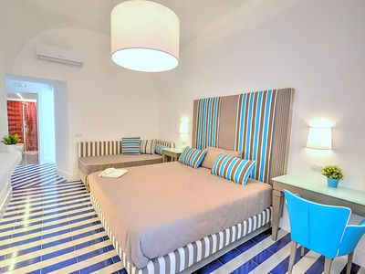 Photo for One bedroom Apartment, sleeps 2 in Sorrento with Air Con and WiFi