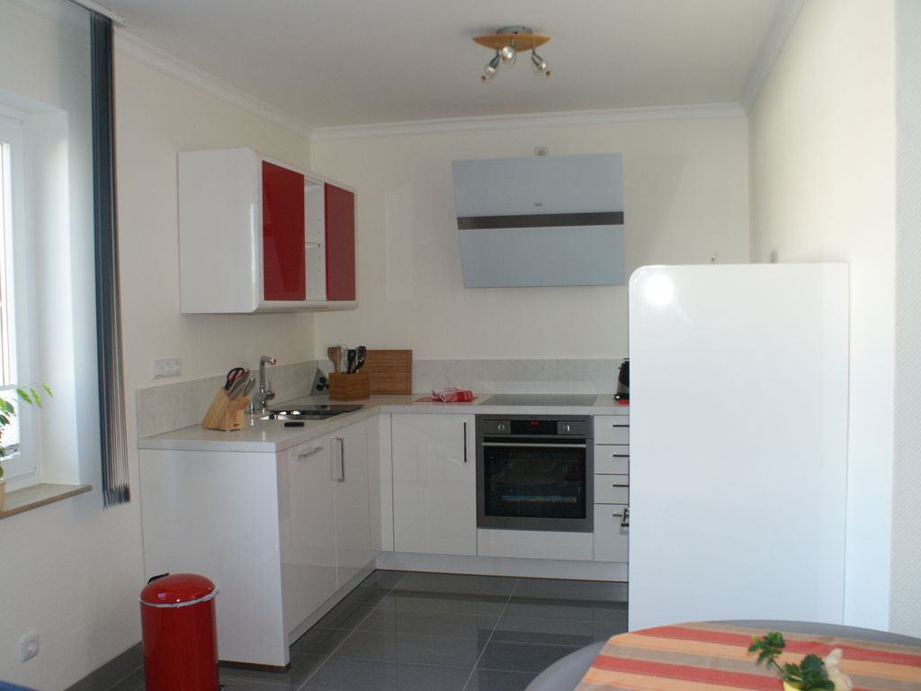Modern And Spacious Decorated 1 Bedroom Apartment In City Near Location Neu Wulmstorf