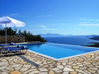 Wonderful villa with outstanding management and facilities