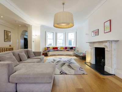 Photo for Light and airy basement apartment located in boutique Notting Hill (Veeve)